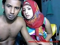 newly married indian srilankan couple live on cam demonstrate