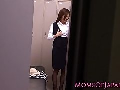 Solo japanese milf using vibrator to ejaculation