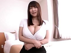 Jav Big Boob Asian Mom