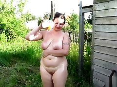 man pissing on her aunt!
