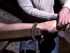 2 işkence odasında