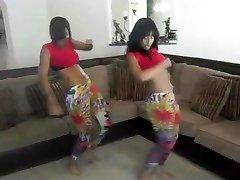2 Teen Latinas Dirty Dancing So Sexy