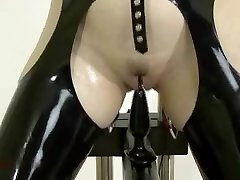 S&M Latex - Rectal Training