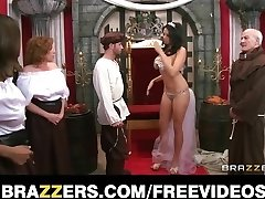 The queen receives caught cuckold and is punished with coarse-se