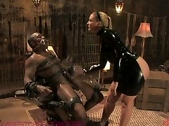 Dominatrix drenches gimp with her squirting pussy