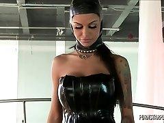 Angelina Valentine in Predominance of Veronica Avluv