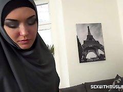 Slacking muslim wife penalized