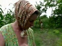 Denhaagman - real granny brutally rock hard anal