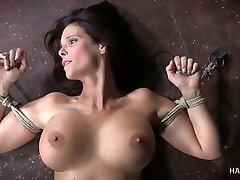 Kinky woman punishes husband's domina Syren De Mer