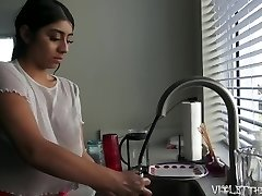 Violet Myers Marvelous Dishwashing Voyeur Time