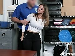 Stunning milf Havana Bleu gets penalized for shoplifting