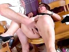 Midget Latina in activity