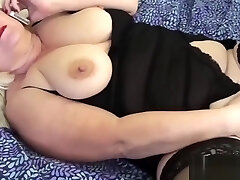 Grandmas pussy stretched with big dildo used by lesbo female