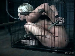 Slut with obese ass London River gets her pussy punished in the dark bedroom