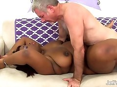 Dark-hued plumper Luna gets fucked