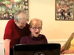 3 grannys having a view..
