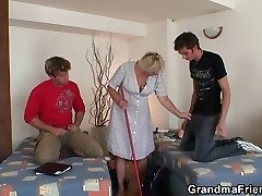 Very older cleaning lady is double fucked