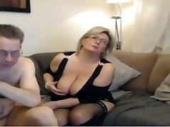 Mature mom have a webcam sex with big ideal tits