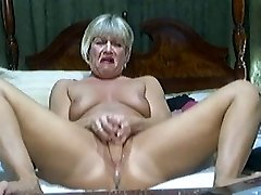 Sizzling Blonde Mature on cam 2