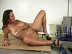 Super-fucking-hot Mature And Machine