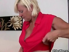 Office grandmas in pantyhose need to get off