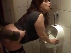 German mature fucked in bathroom