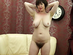 Posh MOM with big saggy tits and hairy vagina