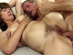 Supreme Mature Slut Fucking Orgy 1920x1080 4000k