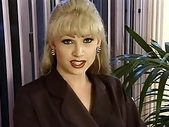 T-Girl Dominatrix-Bitch Brandy Scott