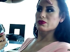 Horny transsexual slut Lorey Richi exposes her indeed sexy big bubble ass