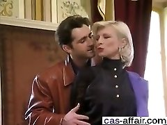 Meet her on CAS-AFFAIR.COM - French Classic