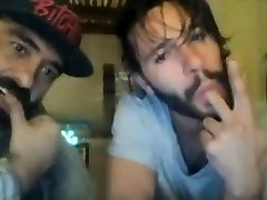 Str8 Bisexous guy trying to seduce straight friend