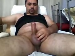 Masturbating Turkey-Turkish Grizzly Emre