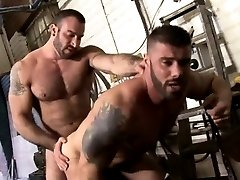 Gay muscle hunks fucking close up