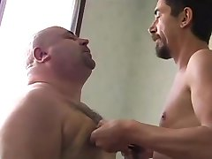Hot Chub Bear Loves To Get His Nipples Worked