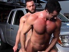 Muscular jock gets anal