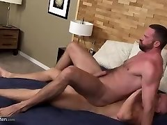 Jonas fucks BB a daddy body