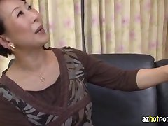 AzHotporn.com -Kimiko Ozawa 버진 섹시한중년여성 사냥