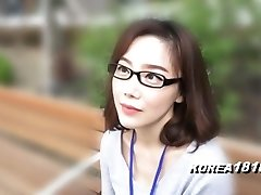 KOREA1818.COM - korean Bombshell in glasses