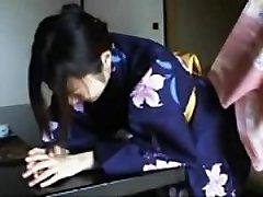048 Kimono Chick'_s Discipline - Slapping