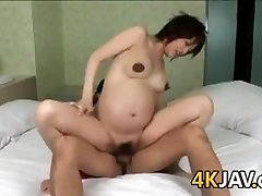 Pregnant Chinese Beauty