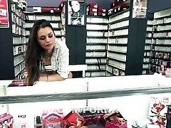 Clerks HARDCORE: A Pornography Parody