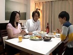 Older Bro Sleeps His Wife. Naomi MiyafujiKudou Naomi