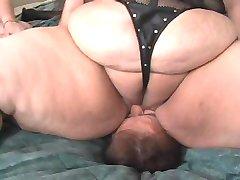 huge ass worshipping