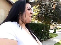 Plumper likes his boner inside of her