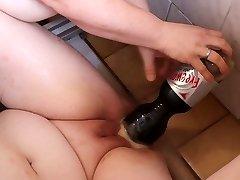 Mentos and Coca-cola in cunt