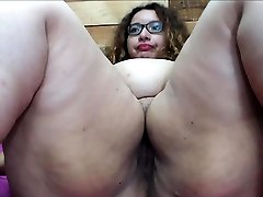 Hefty gaping booty slut takes a fat tool