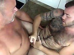 video 105