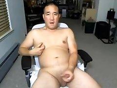 Asian Daddy on cam again