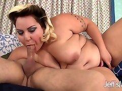 Cute Bbw Jade Rose fucks her young boyfriend
